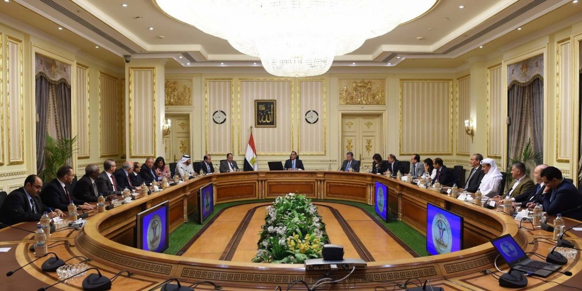 Egyptian-Prime-Minister-Meets-with-the-Arab-Federa
