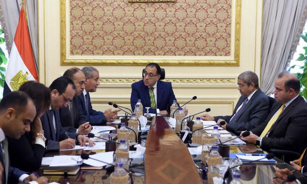 Egyptian-Prime-Minister-Reviews-the-Steps-of-Estab