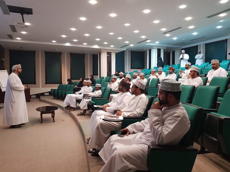 Muscat-Securities-Market-Organizes-a-Training-Prog